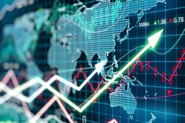 Stock Traders Try To Temain Calm