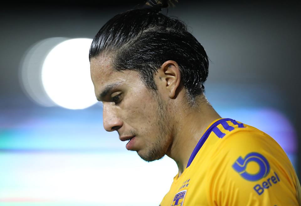 MAZATLAN, MEXICO - AUGUST 20: Carlos Salcedo of Tigres looks on during the 6th round match between Mazatlan FC and Tigres UANL as part of the Torneo Grita Mexico A21 Liga MX at Kraken Stadium on August 20, 2021 in Mazatlan, Mexico. (Photo by Sergio Mejia/Getty Images)