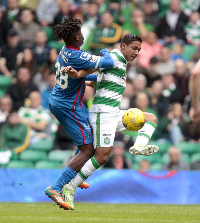 "Football - Celtic v Inverness Caledonian Thistle - Ladbrokes Scottish Premiership - Celtic Park - 15/8/15 Celtic's Emilio Izaguirre (R) in action with Inverness Caledonian Thistle's Andrea Mbuyi Mutombo Action Images via Reuters / Graham Stuart Livepic EDITORIAL USE ONLY. No use with unauthorized audio, video, data, fixture lists, club/league logos or ""live"" services. Online in-match use limited to 45 images, no video emulation. No use in betting, games or single club/league/player publications. Please contact your account representative for further details."