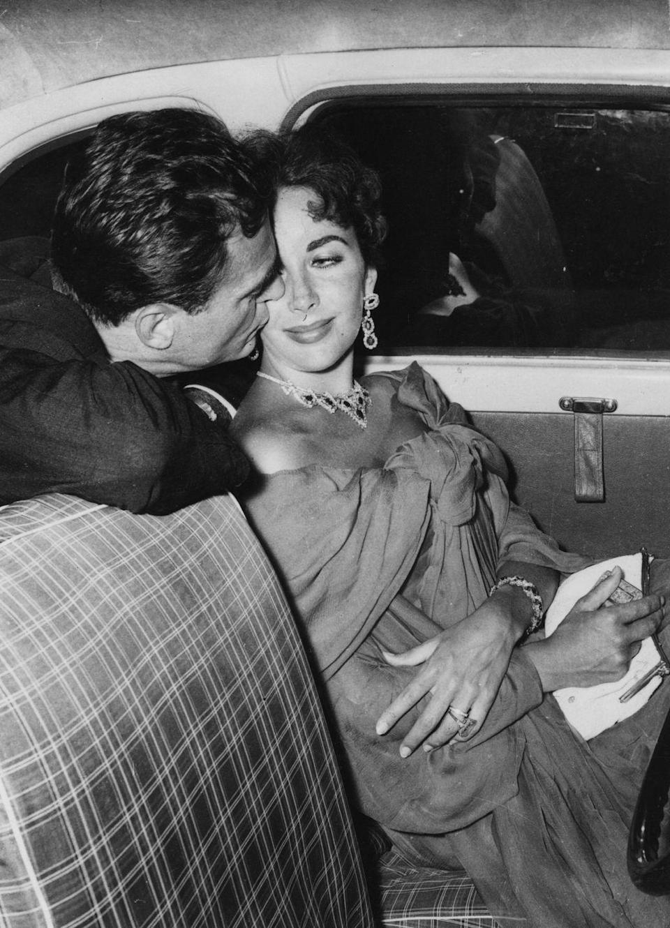 <p>Elizabeth moved on from Michael Wilding with film producer Mike Todd, who she married in Acapulco, Mexico in 1957. </p>