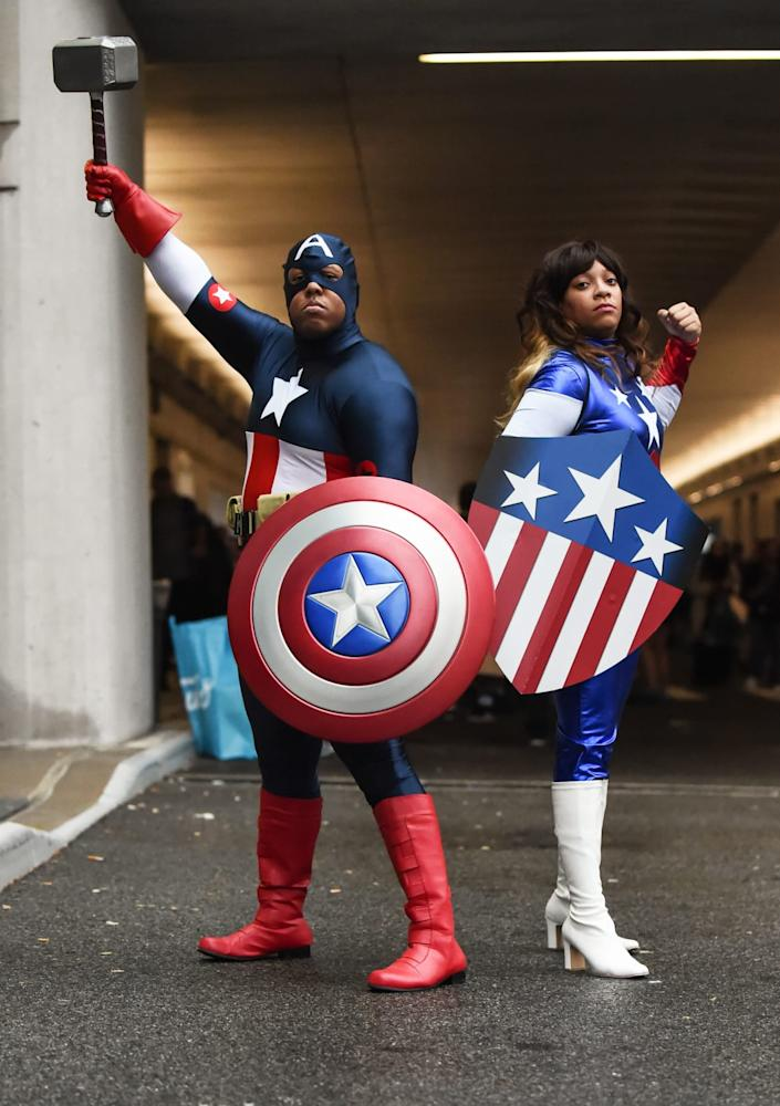 """<div class=""""inline-image__caption""""><p>Cosplayers pose as Captain America during New York Comic Con 2019 on October 03, 2019 in New York City. </p></div> <div class=""""inline-image__credit"""">DANIEL ZUCHNIK/Getty</div>"""