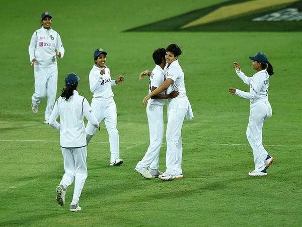 Indian players celebrate the fall of an Australia wicket. (Photo: Twitter/BCCI Women)