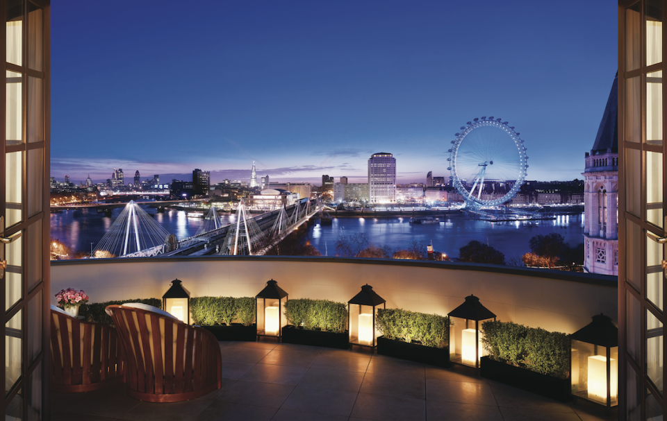 <p>London has so many hotels, it can be hard to know where to begin – the capital's hospitality scene covers everything, whether you fancy staying somewhere with a long Hollywood-approved history, in a concrete King's Cross monolith or in a viscount's lavish former lair. Here's our shortlist, ready for a luxury London break once lockdown (hopefully) lifts in December…</p>