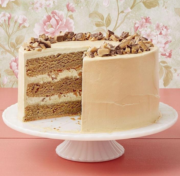 "<p>Is your mom a caffeine fiend too? This cake seems like the perfect dessert for the Drummond kids to make for Ree!</p><p><strong><a href=""https://www.thepioneerwoman.com/food-cooking/recipes/a34238082/coffee-toffee-crunch-cake/"" rel=""nofollow noopener"" target=""_blank"" data-ylk=""slk:Get Ree's recipe."" class=""link rapid-noclick-resp"">Get Ree's recipe.</a></strong></p><p><a class=""link rapid-noclick-resp"" href=""https://go.redirectingat.com?id=74968X1596630&url=https%3A%2F%2Fwww.walmart.com%2Fsearch%2F%3Fquery%3Dcake%2Bpans&sref=https%3A%2F%2Fwww.thepioneerwoman.com%2Ffood-cooking%2Fmeals-menus%2Fg36066375%2Fmothers-day-cakes%2F"" rel=""nofollow noopener"" target=""_blank"" data-ylk=""slk:SHOP CAKE PANS"">SHOP CAKE PANS</a></p>"