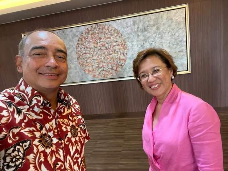 Cancer survivor Datuk Seri Nazir Razak and infectious diseases expert Prof Datuk Dr Adeeba Kamarulzaman join forces to fight prostate cancer in a five-year campaign. — Picture courtesy of Dr Adeeba