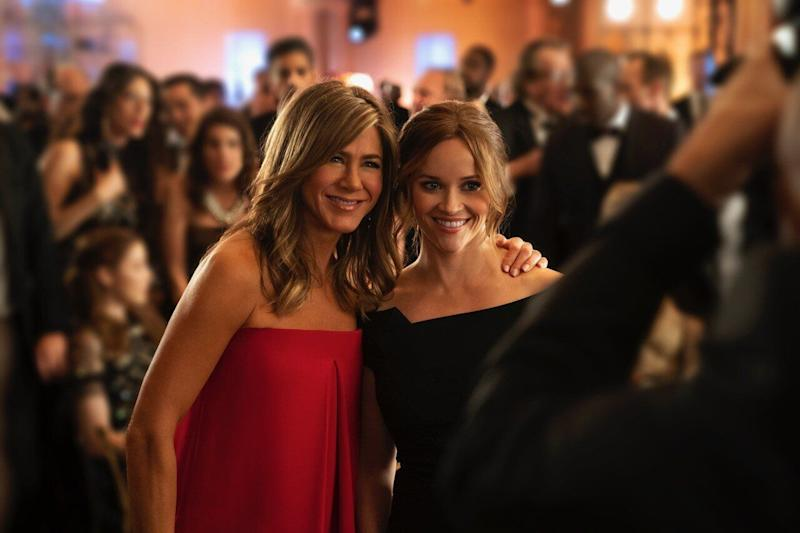 """Aniston and Reese Witherspoon in """"The Morning Show."""" (Photo: Hilary B. Gayle/Apple)"""