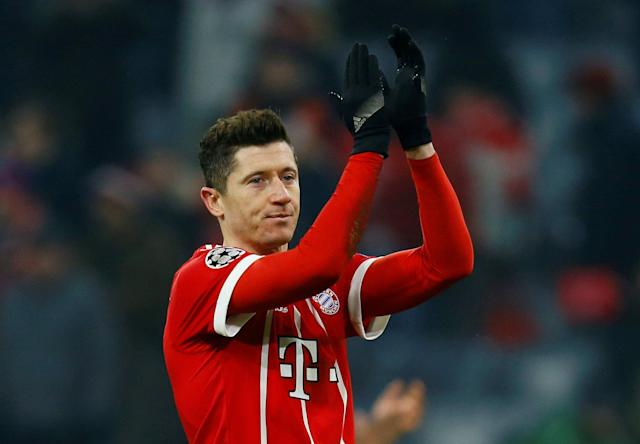 Soccer Football - Champions League Round of 16 First Leg - Bayern Munich vs Besiktas - Allianz Arena, Munich, Germany - February 20, 2018 Bayern Munich's Robert Lewandowski celebrates after the match REUTERS/Ralph Orlowski