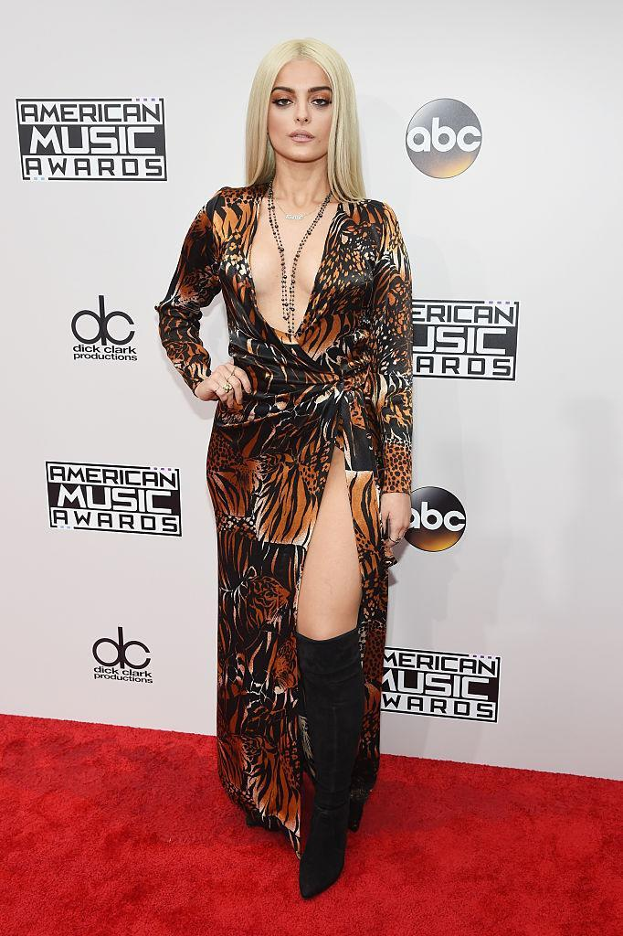 <p>Bebe Rexha wore a exotic tiger print dress that showed a lot of leg and chest. <em>(Photo: Getty Images)</em> </p>