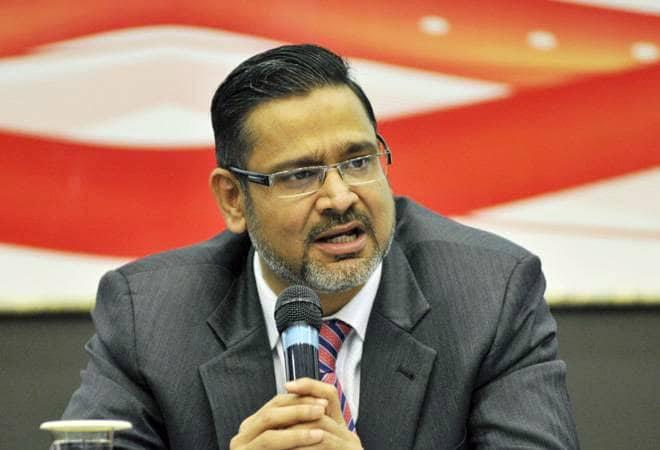 Wipro Chief Executive Abidali Z Neemuchwala's salary jump comes at a time when the Bengaluru-based IT major reported a 37.74 per cent year-on-year (YoY) growth in consolidated net profit at Rs 2,483 crore for the fourth quarter ended March 31, 2019.