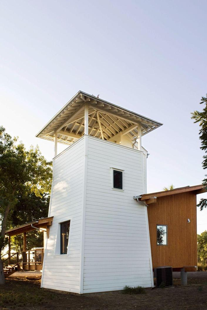 """<p>The Yolo County Cabin, designed by <a href=""""http://www.butlerarmsden.com/"""" rel=""""nofollow noopener"""" target=""""_blank"""" data-ylk=""""slk:Butler Armsden Architects"""" class=""""link rapid-noclick-resp"""">Butler Armsden Architects</a>, sits on a 400-acre farm in the rural Northern California town of Winters. With a structure inspired by the local water towers and lean-to sheds that dot the area's surrounding agricultural landscape, the home's elevated viewing terrace offers a 360-degree view of the land. </p><p><a class=""""link rapid-noclick-resp"""" href=""""http://www.butlerarmsden.com/portfolio/yolo-county-cabin"""" rel=""""nofollow noopener"""" target=""""_blank"""" data-ylk=""""slk:SEE INSIDE"""">SEE INSIDE</a></p>"""
