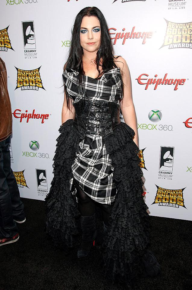Also on hand at the C-list extravaganza was Evanescence lead Amy Lee, who cinched her plaid tablecloth with a ruffled trash bag-adorned corset. (4/11/2012)