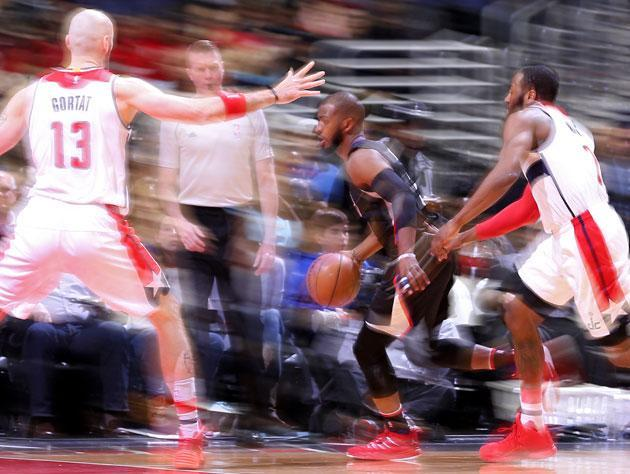 """<a class=""""link rapid-noclick-resp"""" href=""""/nba/players/3930/"""" data-ylk=""""slk:Chris Paul"""">Chris Paul</a> moves slower than the human eye can comprehend. (Getty Images)"""