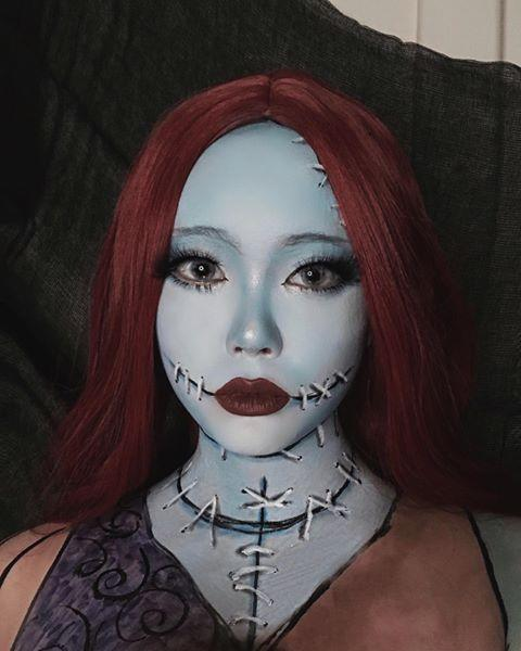 "<p>Another costume that need requires body paint — but if you can pull it off, it's totally worth the effort.</p><p><a class=""link rapid-noclick-resp"" href=""https://www.amazon.com/Mehron-Makeup-Paradise-Paint-Light/dp/B008NCXNSI/?tag=syn-yahoo-20&ascsubtag=%5Bartid%7C10055.g.34302275%5Bsrc%7Cyahoo-us"" rel=""nofollow noopener"" target=""_blank"" data-ylk=""slk:SHOP BLUE BODY PAINT"">SHOP BLUE BODY PAINT</a></p><p><a href=""https://www.instagram.com/p/CF55FTiFdc2/&hidecaption=true"" rel=""nofollow noopener"" target=""_blank"" data-ylk=""slk:See the original post on Instagram"" class=""link rapid-noclick-resp"">See the original post on Instagram</a></p>"