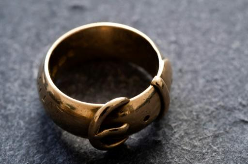 The fate of the friendship ring given to Oscar Wilde remained a mystery for years -- some feared it had been melted down