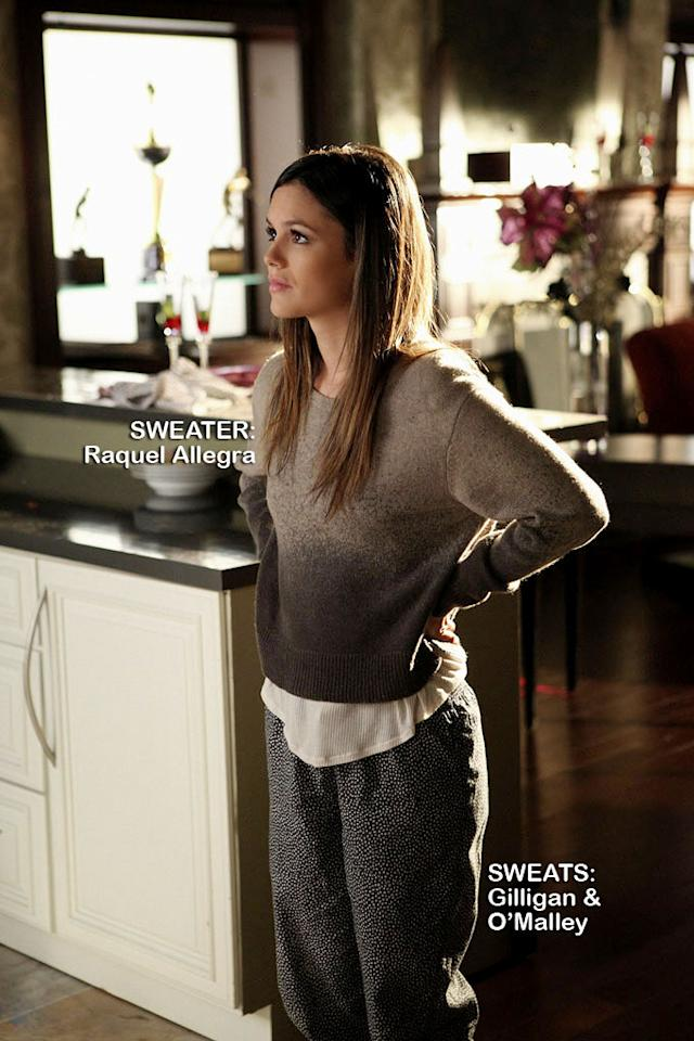 "Rachel Bilson as Dr. Zoe Hart in the Season 1 episode ""Homecoming and Coming Home."""