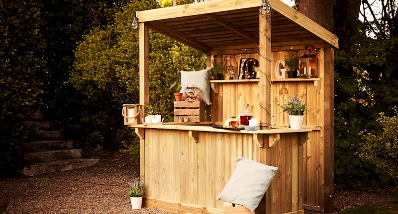 Wickes sold-out garden bar is now back in stock. (Wickes)