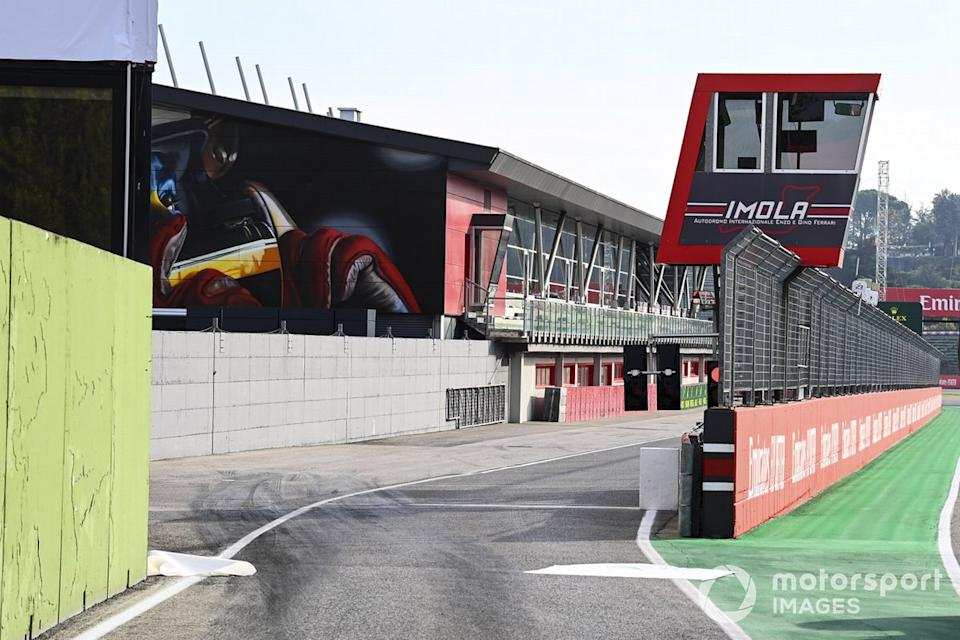 """Pit exit and race control booth<span class=""""copyright"""">Mark Sutton / Motorsport Images</span>"""