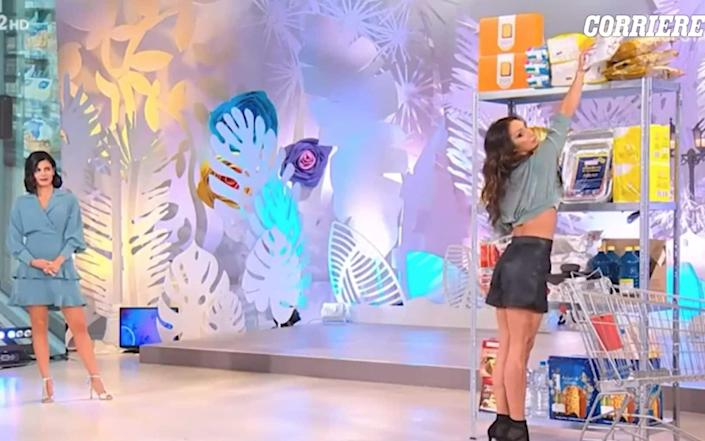 How to reach for an item of shopping on a high shelf, according to the segment aired earlier this week on Italian TV