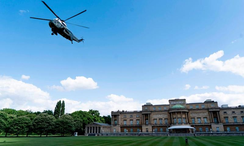 Marine One arrives for the welcome ceremony at Buckingham Palace.
