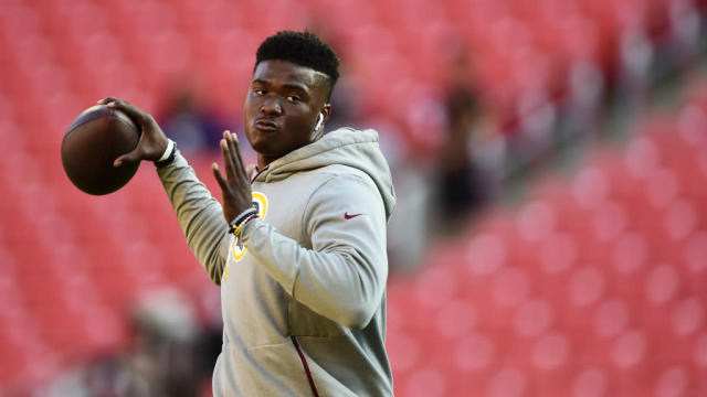 Daniel Jones' strong play for Giants might increase calls for Dwayne Haskins