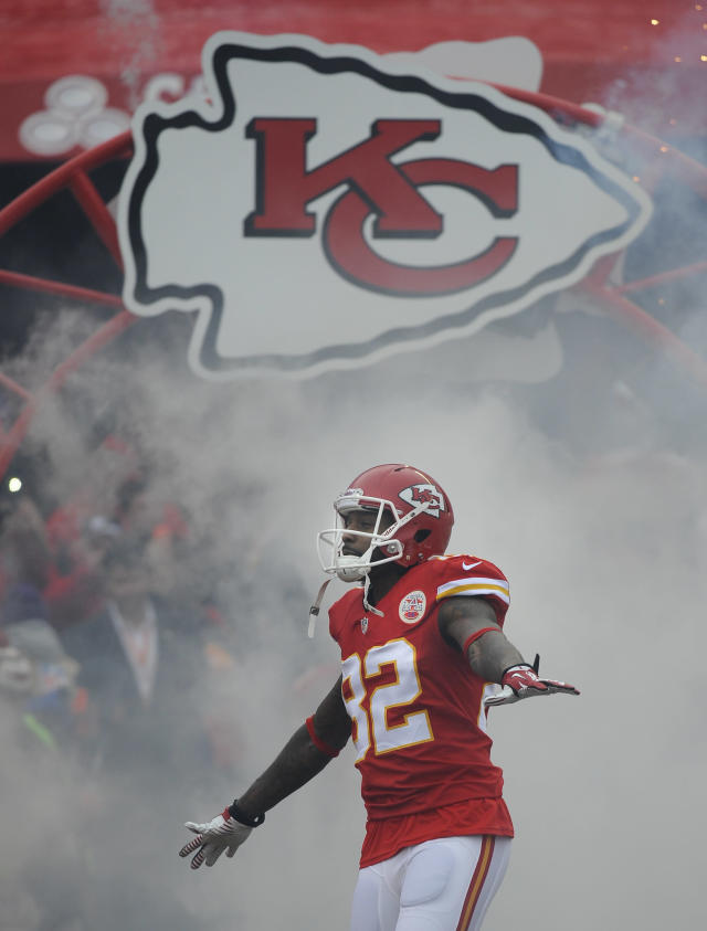 Kansas City Chiefs wide receiver Dwayne Bowe (82) runs onto the field during introductions before their NFL game against the Indianapolis Colts at Arrowhead Stadium in Kansas City, Mo., Sunday, Dec. 22, 2013. (AP Photo/Reed Hoffmann)