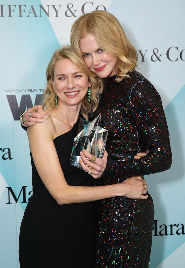 Clutching her longterm BFF Naomi Watts an award show honouring the actress in 2015.