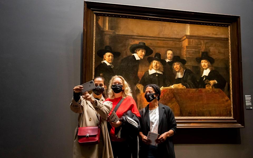 isitors view works of art at Rijksmuseum on September 30, 2020 in Amsterdam, Netherlands. Visitors to the museum are now required to wear face masks to help prevent the spread of the coronavirus (COVID-19). - Getty Images