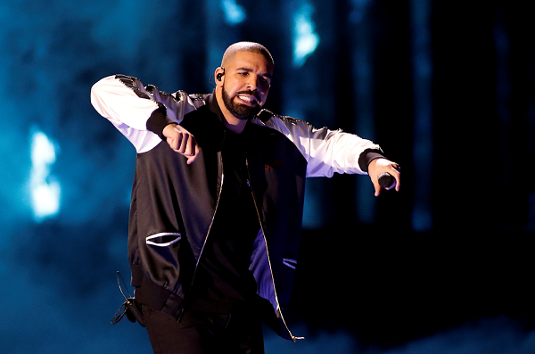 Drake and Kendrick's Airbnb Shout-Outs Don't Silence the Company's Discrimination Complaints