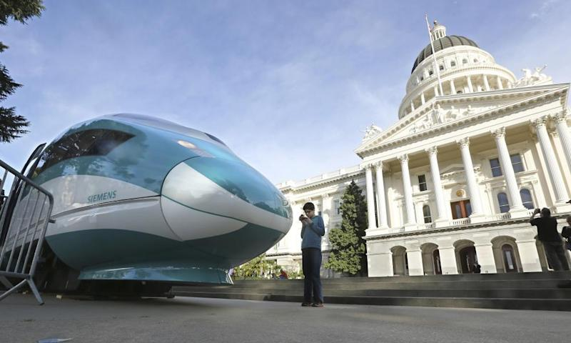 """The Federal Railroad Administrator has determined that the California High-Speed Rail Authority """"has materially failed to comply with the terms"""" of the construction agreement."""