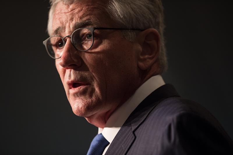 US Defense Secretary Chuck Hagel met with Spanish Defense Minister Pedro Morenes to discuss military operations with Iraq and against IS militants