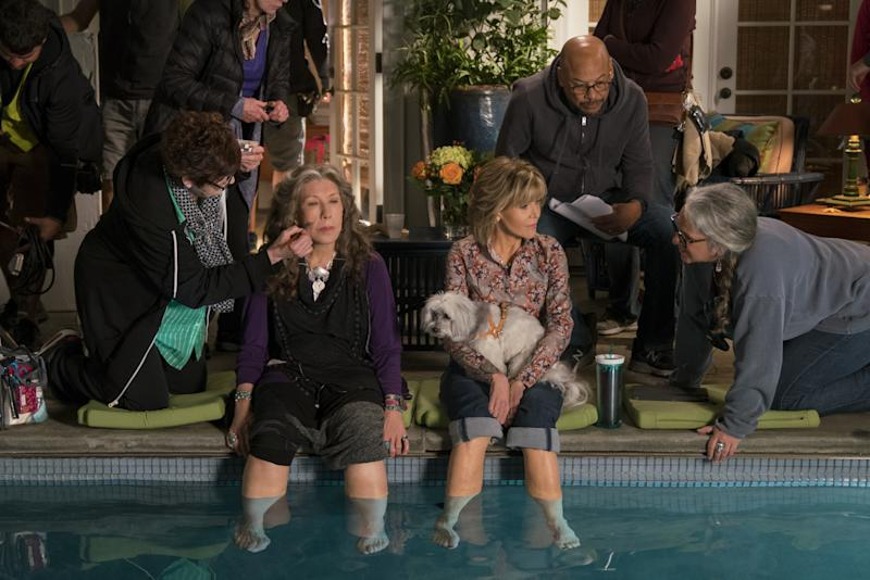 Kauffman between takes on Grace and Frankie with Lily Tomlin and Jane Fonda