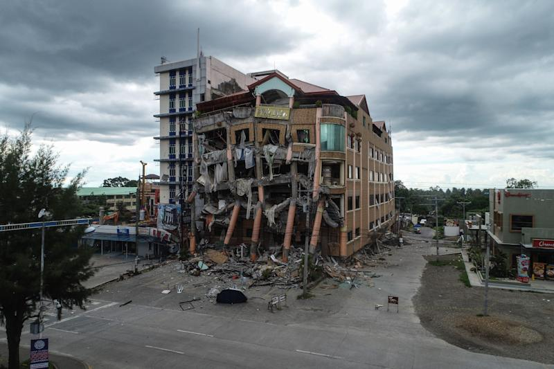 File Photo: A general view shows a damaged building after a 6.5-magnitude earthquake hit Kidapawan town, north Cotabato province, on the southern island of Mindanao on October 31, 2019. (Photo: FERDINANDH CABRERA/AFP via Getty Images)