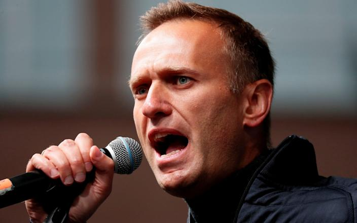 Russian opposition leader Alexei Navalny delivers a speech during a rally in 2019 - SHAMIL ZHUMATOV/REUTERS