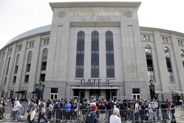 """The <a class=""""link rapid-noclick-resp"""" href=""""/mlb/teams/nyy"""" data-ylk=""""slk:New York Yankees"""">New York Yankees</a> are on pace to avoid MLB's luxury tax this season, the first time since it was implemented in 2003. (AP Photo/Seth Wenig)"""