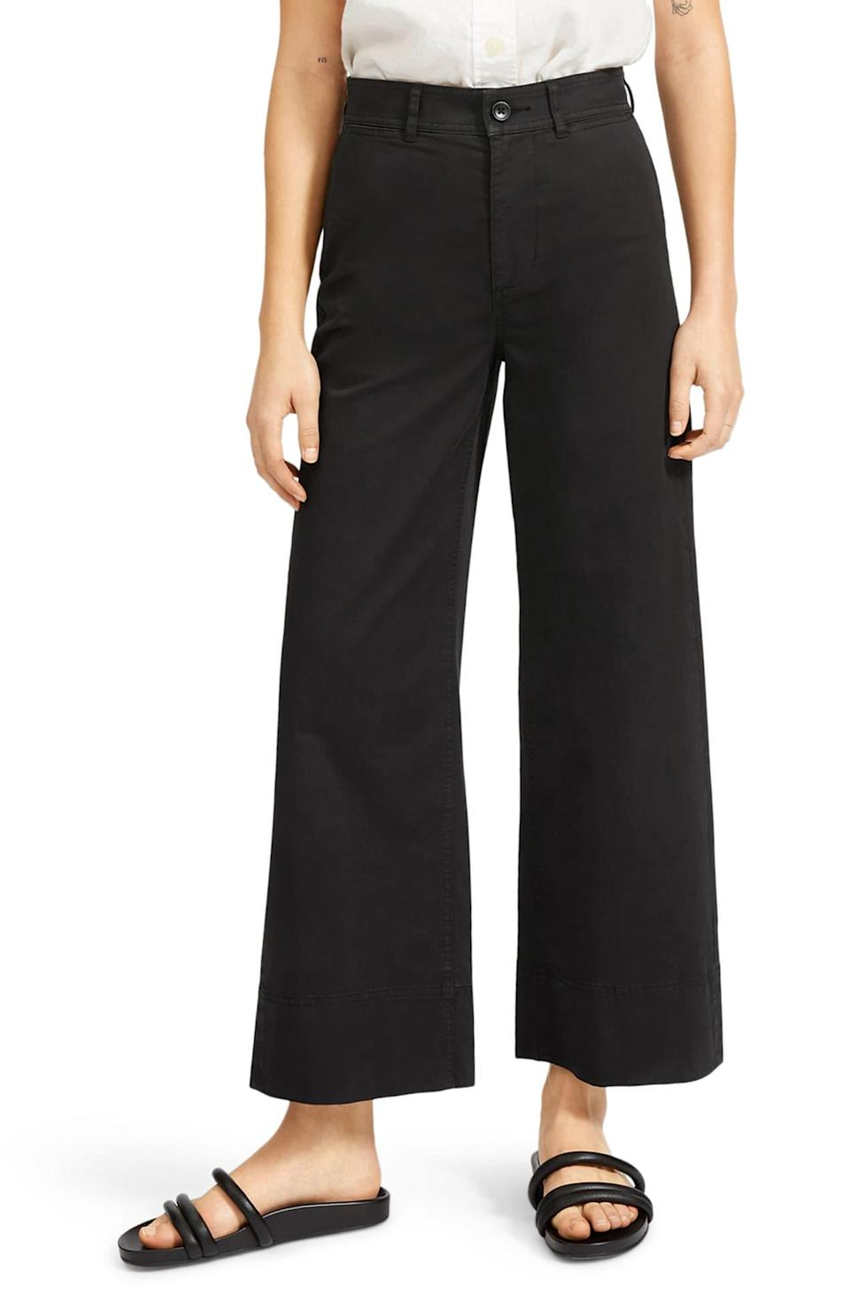 """<br><br><strong>Everlane</strong> The Lightweight Wide Leg Crop Chino Pants, $, available at <a href=""""https://go.skimresources.com/?id=30283X879131&url=https%3A%2F%2Fwww.nordstromrack.com%2Fs%2Feverlane-the-lightweight-wide-leg-crop-chino-pants%2Fn3236239"""" rel=""""nofollow noopener"""" target=""""_blank"""" data-ylk=""""slk:Nordstrom Rack"""" class=""""link rapid-noclick-resp"""">Nordstrom Rack</a>"""