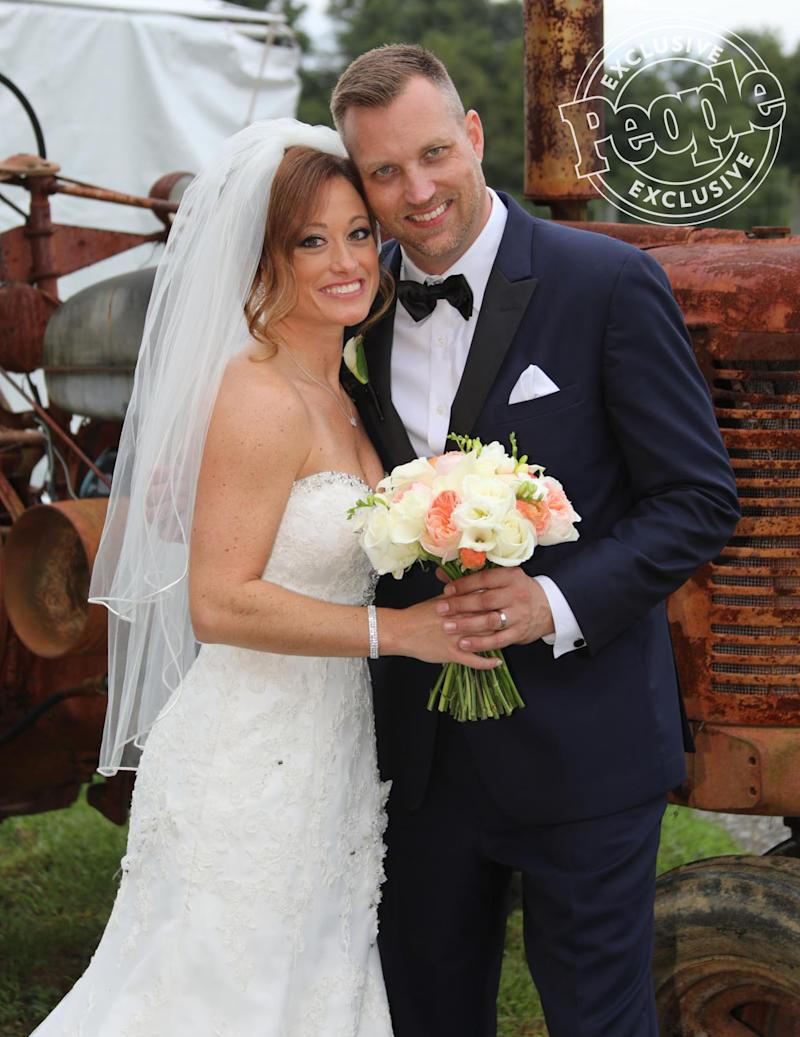 Married At First Sight Is Back See The 8 Philadelphia Singles Saying I Do On Season 8