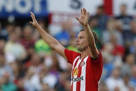 Britain Football Soccer - Hartlepool United v Sunderland - Pre Season Friendly - Victoria Park - 20/7/16 Sunderland's Lee Cattermole Action Images via Reuters / Lee Smith Livepic