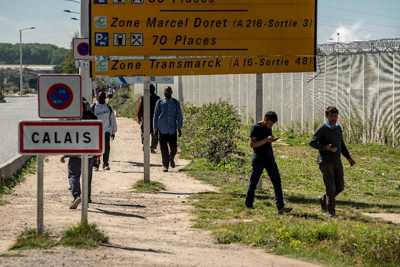 A police source noted growing tensions in the area, where the number of attempts by migrants to halt trucks and jump aboard had grown (AFP Photo/Philippe Huguen)
