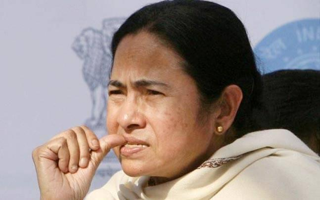 Mamata to approach 'higher judiciary' on Narada sting operation