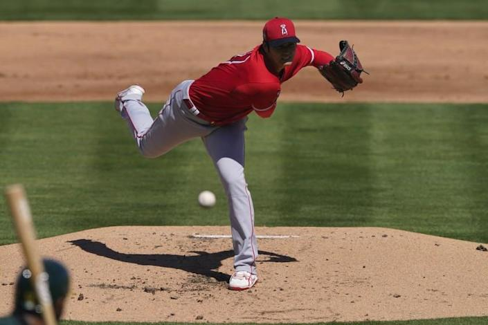 Los Angeles Angels pitcher Shohei Ohtani (17) throws against the Oakland Athletics.