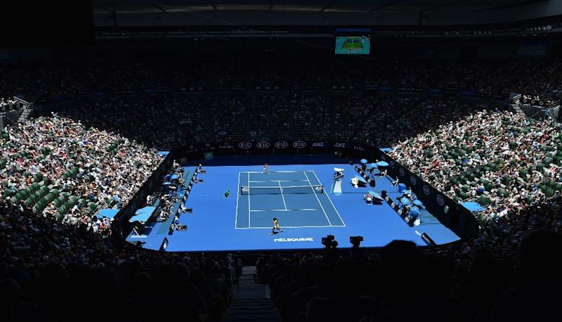 A women's singles match on day one of the 2016 Australian Open tennis tournament in Melbourne on January 18, 2016 (AFP Photo/Saeed Khan)
