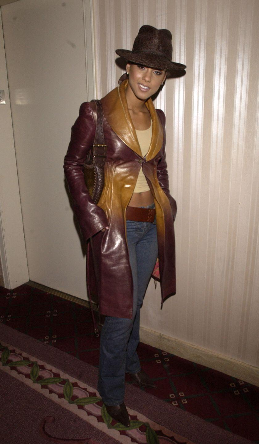 <p>No one, no one, no one can hate on Alicia's early '00s essentials at the 17th annual Rock and Roll Hall of Fame: boot-cut denim, a chunky belt, a fedora, and, of course, an ombré knee-length leather jacket.</p>