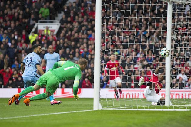 Where in the world is your team most popular global premier league manchester united39s ashley young right scores past manchester city gumiabroncs Image collections