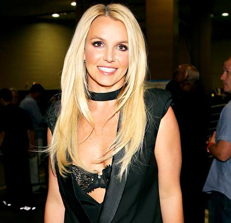 """Britney Spears: Chaotic Was """"The Worst Thing I've Done in My Career,"""" But """"I Like Crossroads!"""""""