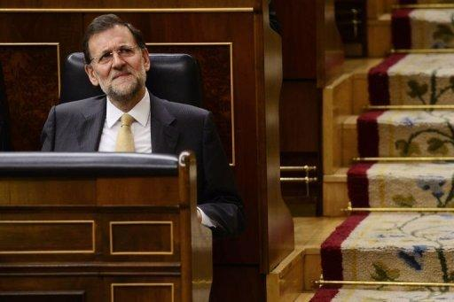 Spain's leader sees jobs growth in 2014
