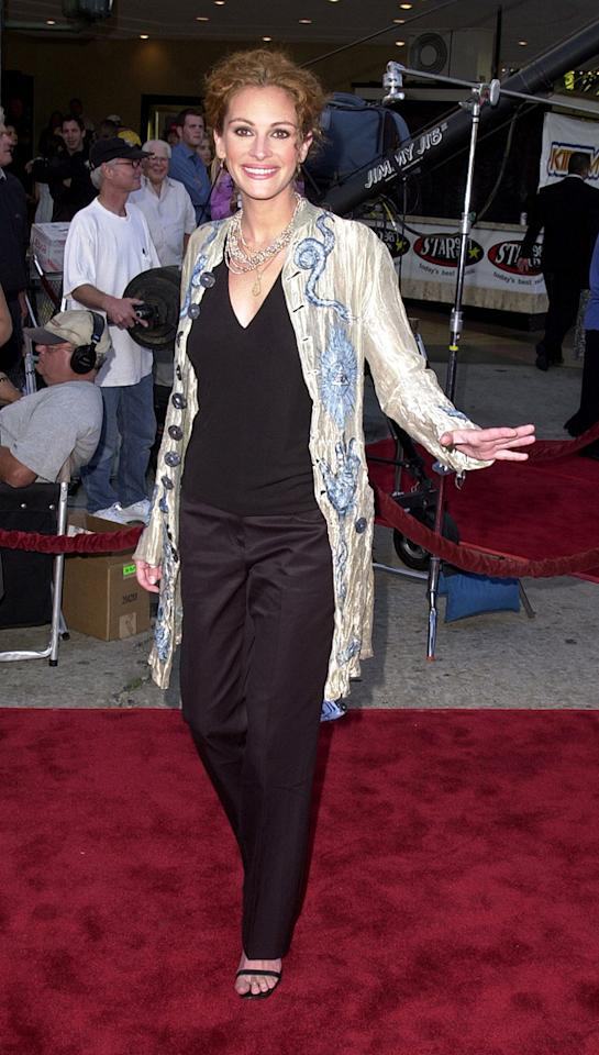 """8. <a href=""""http://movies.yahoo.com/movie/1804851376/info"""">America's Sweethearts</a> LA premiere (2001)   Speaking of catastrophic coifs, check out the unfortunate updo, mismatched separates, and Blanche Devereaux-like jacket JRob donned to the debut of her 2001 rom-com."""