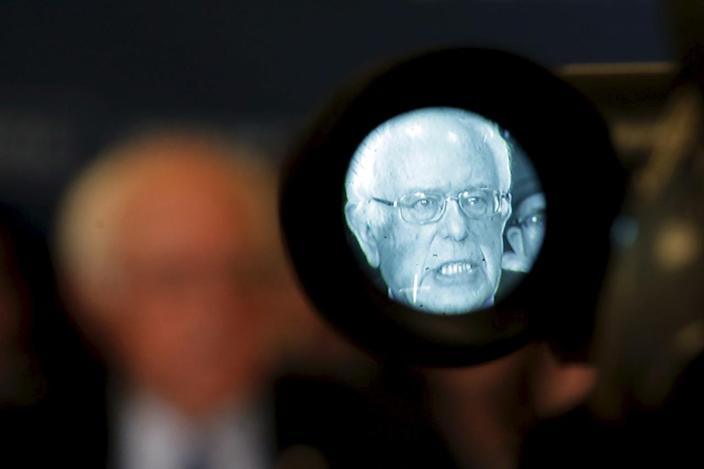 <p>U.S. Democratic presidential candidate Bernie Sanders is seen in the viewfinder of a television camera at a news conference, where he spoke about his opposition to the Trans-Pacific Partnership, in Concord, N.H., Feb. 3, 2016. <i>(Photo: Mike Segar/Reuters)</i></p>