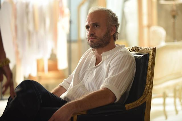 Edgar Ramirez as Gianni Versace in  <em>The Assassination of Gianni Versace</em>. (Photo: Ray Mickshaw/FX)