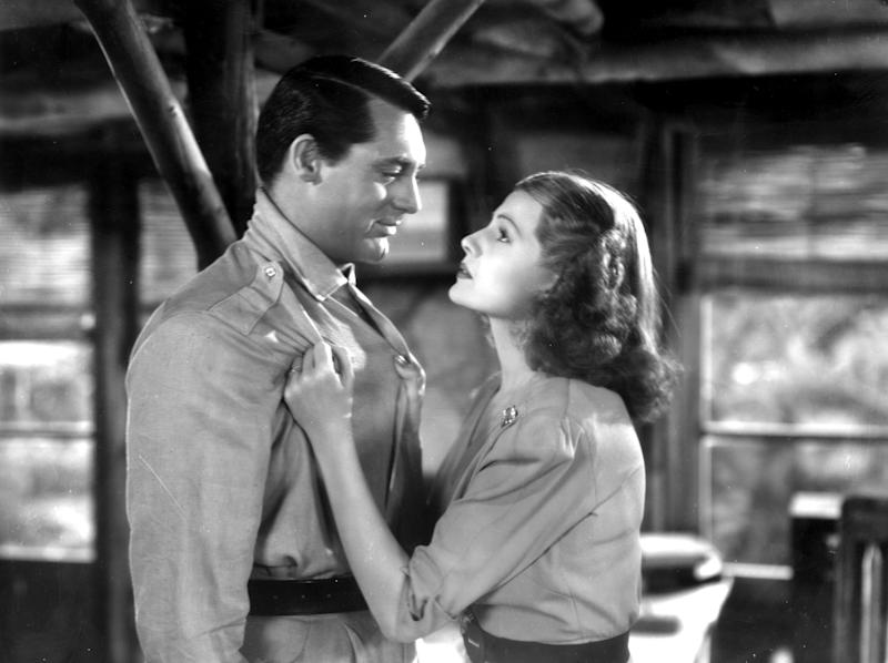 British-born actor Cary Grant (1904-1986) is propositioned by US actress Rita Hayworth (1918-1987) in a scene from the film 'Only Angels Have Wings' directed by Howard Hawks. (Photo by Hulton Archive/Getty Images)