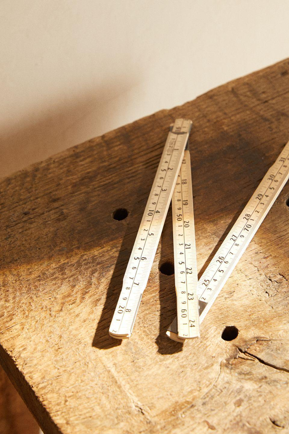 """<p>Measuring up to one metre, this folding carpenter's ruler is made of wood with a metal frame.<strong><br><br>Follow House Beautiful on <a href=""""https://www.instagram.com/housebeautifuluk/"""" rel=""""nofollow noopener"""" target=""""_blank"""" data-ylk=""""slk:Instagram"""" class=""""link rapid-noclick-resp"""">Instagram</a>. </strong></p>"""